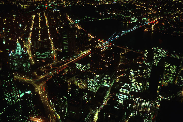 Manhattan night view from top of World Trade Center - USA/New-York - New-York City - November 1987 - Architecture