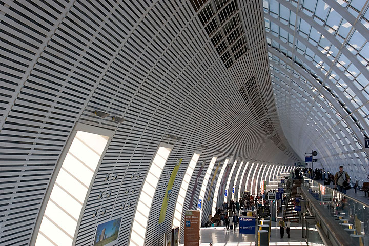 High speed train station - France/Provence - Avignon - November 2005 - Architecture