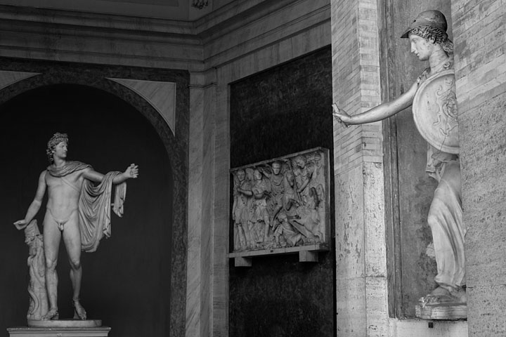 Apollo Belvedere, Minerva - Italy/North - Vatican - April 2013 - Black & White