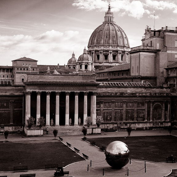 Sfera con sfera and St. Peter's Basilica - Italy/North - Vatican - April 2013 - Black & White